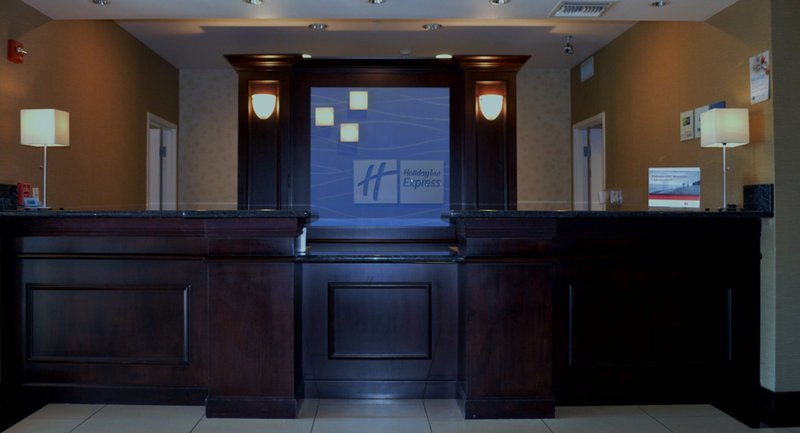 Holiday Inn Express & Suites Tucson-Front Desk 2<br/>Image from Leonardo