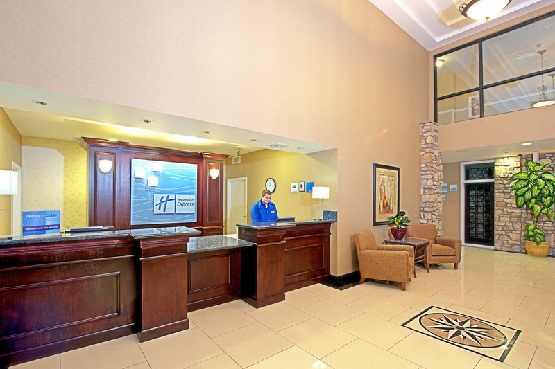 Holiday Inn Express & Suites Tucson-Hotel Lobby<br/>Image from Leonardo