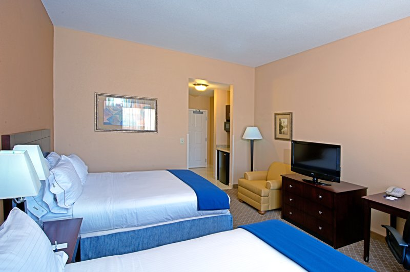 Holiday Inn Express & Suites Tucson-Queen Bed Guest Room<br/>Image from Leonardo