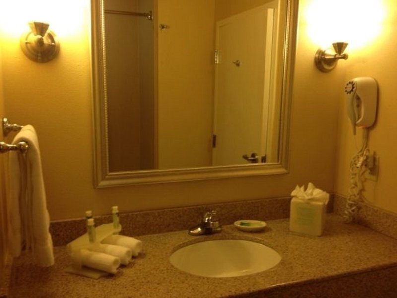 Holiday Inn Express & Suites Tucson-Guest Room Bathroom<br/>Image from Leonardo