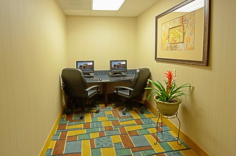 Holiday Inn Express & Suites Tucson-Business Center<br/>Image from Leonardo