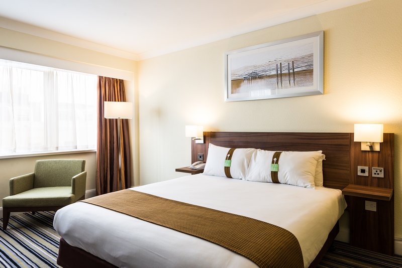 Holiday Inn Brighton - Seafront-Newly Refurbished King Bed Guest Room<br/>Image from Leonardo