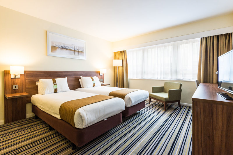 Holiday Inn Brighton - Seafront-Newly Refurbished Standard Twin Two Single Beds<br/>Image from Leonardo