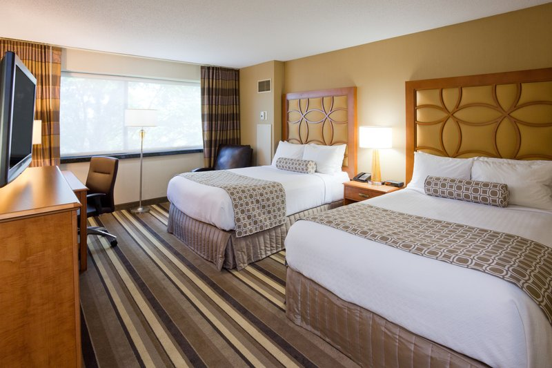 Crowne Plaza Minneapolis West-Double Bed Guest Room<br/>Image from Leonardo
