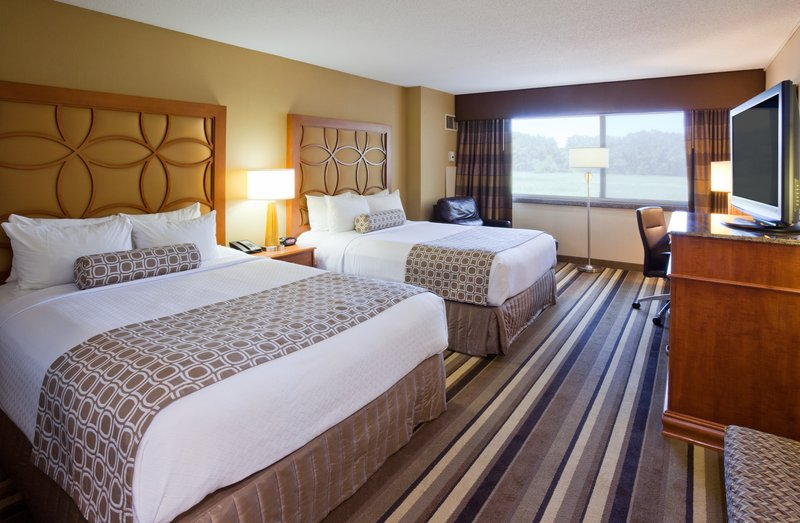 Crowne Plaza Minneapolis West-Two Queen Bed Room<br/>Image from Leonardo