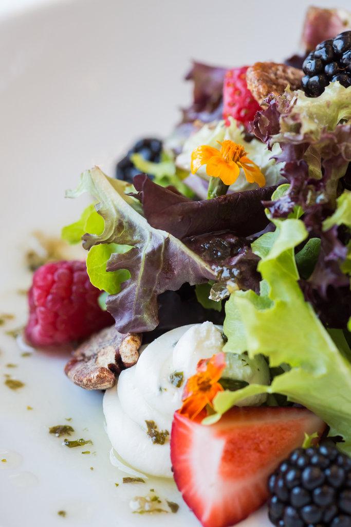Crowne Plaza Old Town Alexandria-Farmhouse Salad<br/>Image from Leonardo