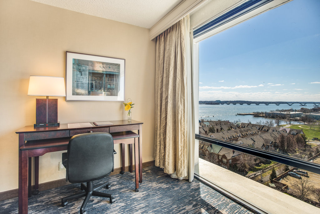 Crowne Plaza Old Town Alexandria-Room Feature<br/>Image from Leonardo