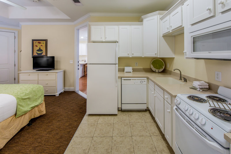 Holiday Inn Club Vacations Galveston Beach Resort-Equipped kitchen in guest bedroom<br/>Image from Leonardo