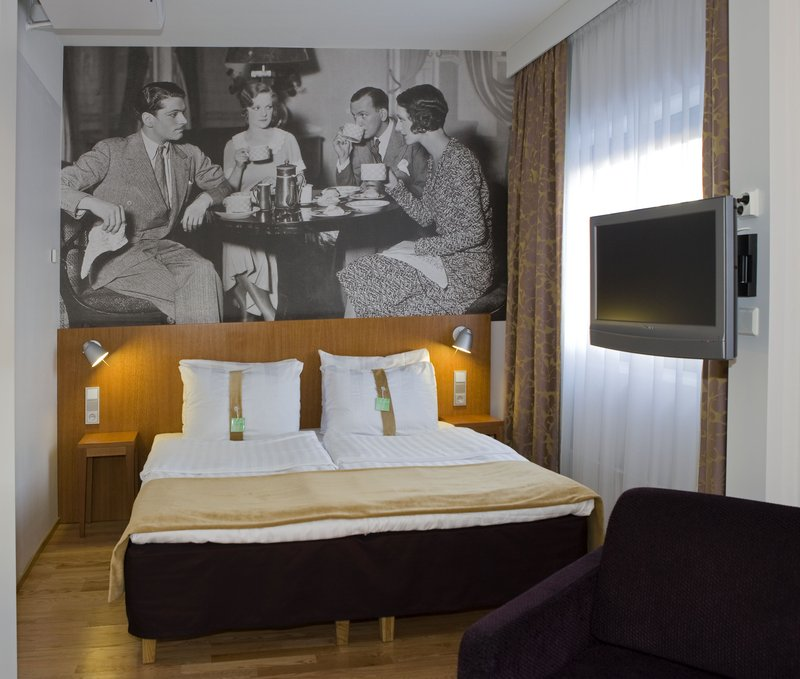 Holiday Inn Helsinki - Vantaa Airport-Executive Room with King size bed<br/>Image from Leonardo