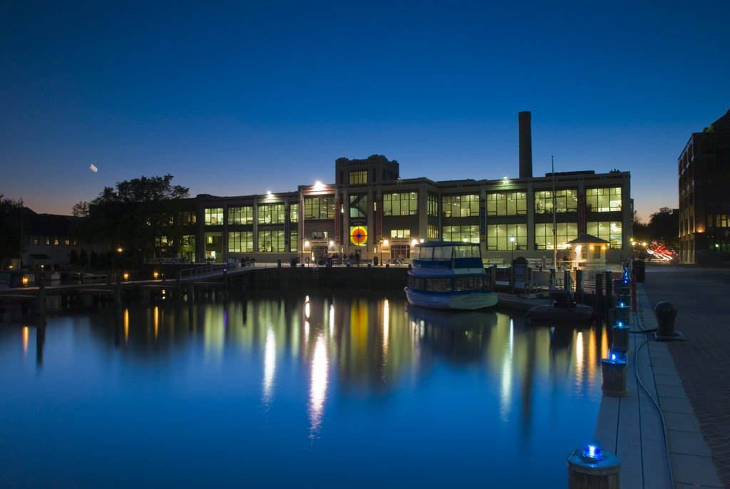 Crowne Plaza Old Town Alexandria-Enjoy the Waterfront of King Street, the Torpedo Factory & Shops!<br/>Image from Leonardo