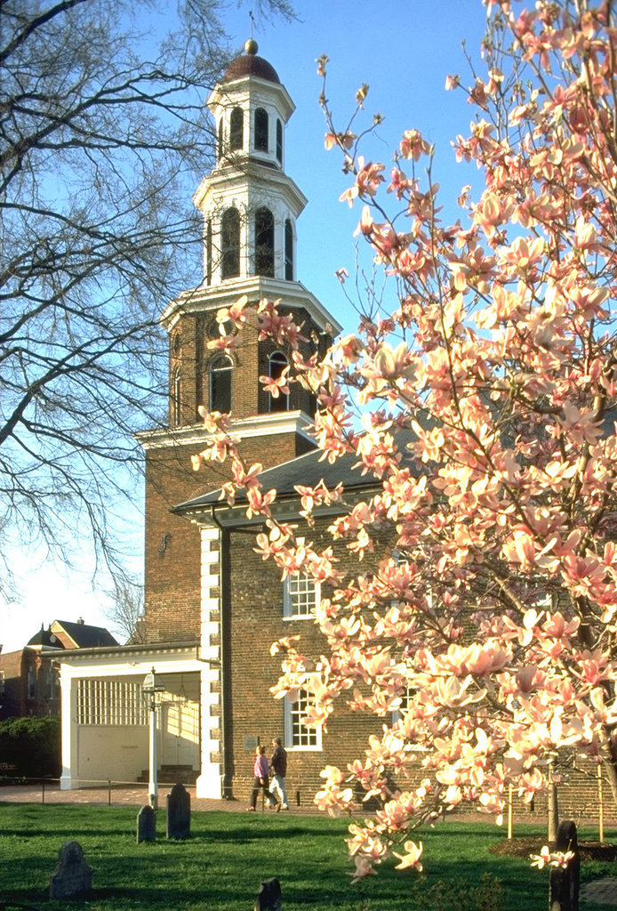 Crowne Plaza Old Town Alexandria-Christ Church......More Than 235 Years Old & Part of History<br/>Image from Leonardo