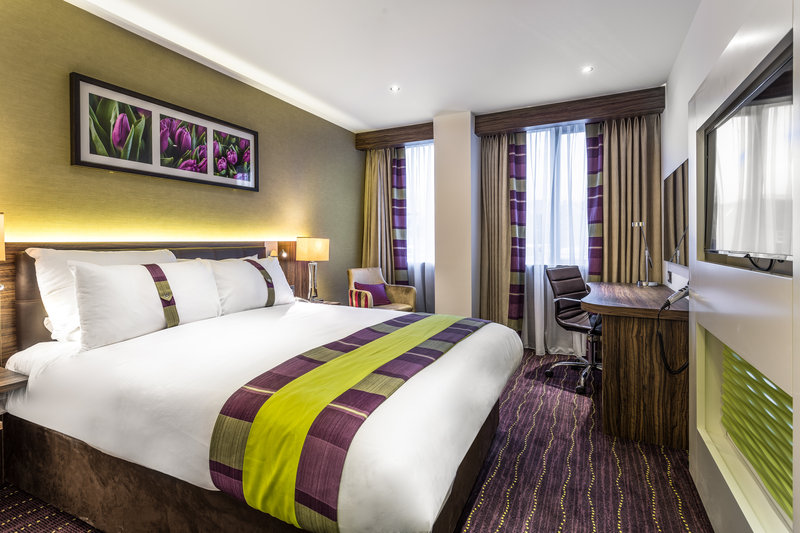 Holiday Inn London - Watford Junction-Double Bed Guest Room<br/>Image from Leonardo