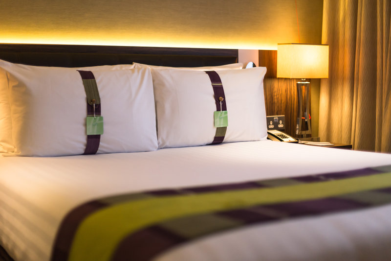 Holiday Inn London - Watford Junction-Enjoy a good nights sleep with your choice of plush pillow<br/>Image from Leonardo