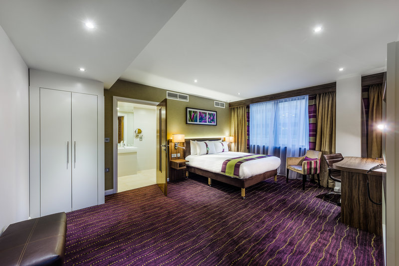 Holiday Inn London - Watford Junction-Spacious and airy accessible rooms at Holiday Inn Watford Junction<br/>Image from Leonardo