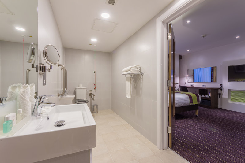 Holiday Inn London - Watford Junction-Our very practical and large accessible bathrooms<br/>Image from Leonardo