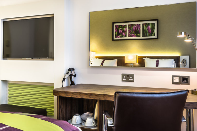 Holiday Inn London - Watford Junction-Our Standard rooms<br/>Image from Leonardo