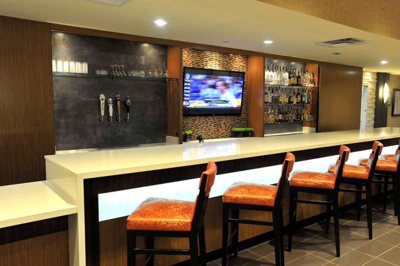 Holiday Inn Hotel & Suites Charleston West-Guest Dining Lounge<br/>Image from Leonardo