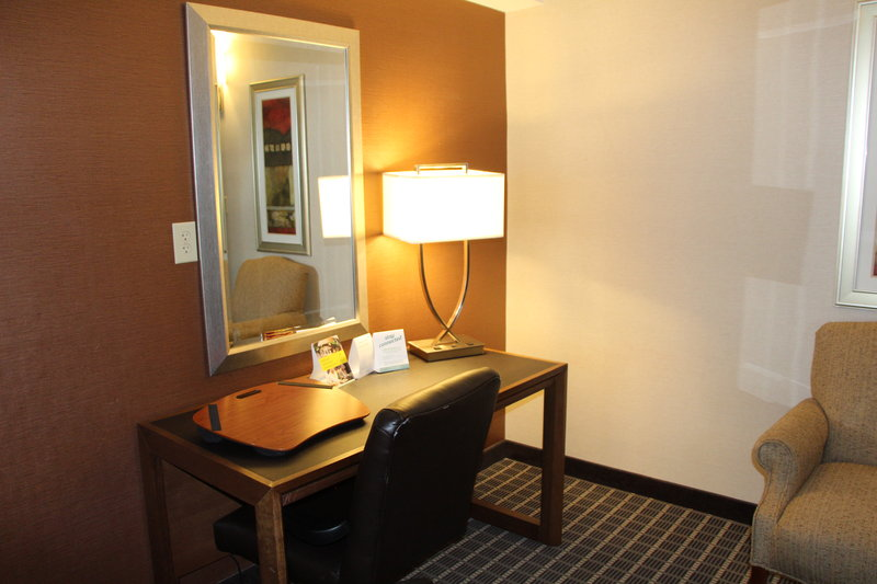 Holiday Inn Buena Park-Near Knott's-Work Area - Accessible Suite with 2 Queen  Beds<br/>Image from Leonardo