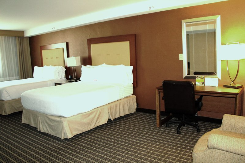 Holiday Inn Buena Park-Near Knott's-Suite - 2 Queen Bed Accessible with Shower<br/>Image from Leonardo