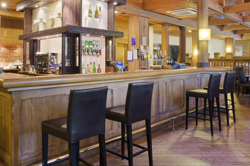 Holiday Inn Colchester-Bar and Lounge<br/>Image from Leonardo