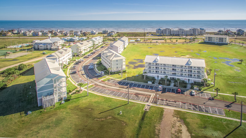 Holiday Inn Club Vacations Galveston Beach Resort-Bird's eye view of the villas <br/>Image from Leonardo