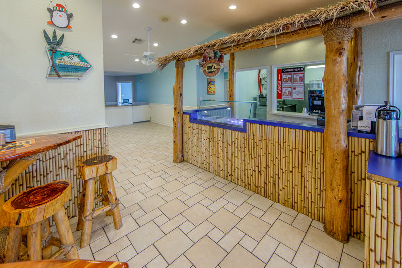 Holiday Inn Club Vacations Galveston Beach Resort-Grab something quick from the snack bar <br/>Image from Leonardo