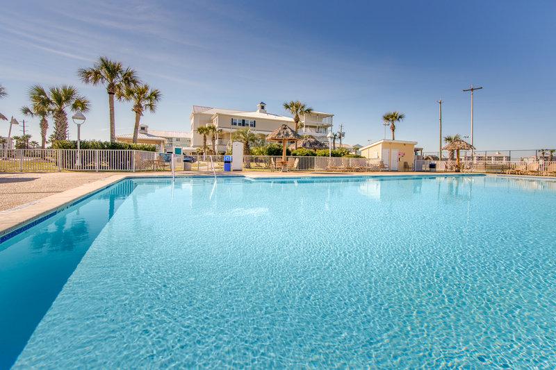 Holiday Inn Club Vacations Galveston Beach Resort-Make a splash in the pool <br/>Image from Leonardo