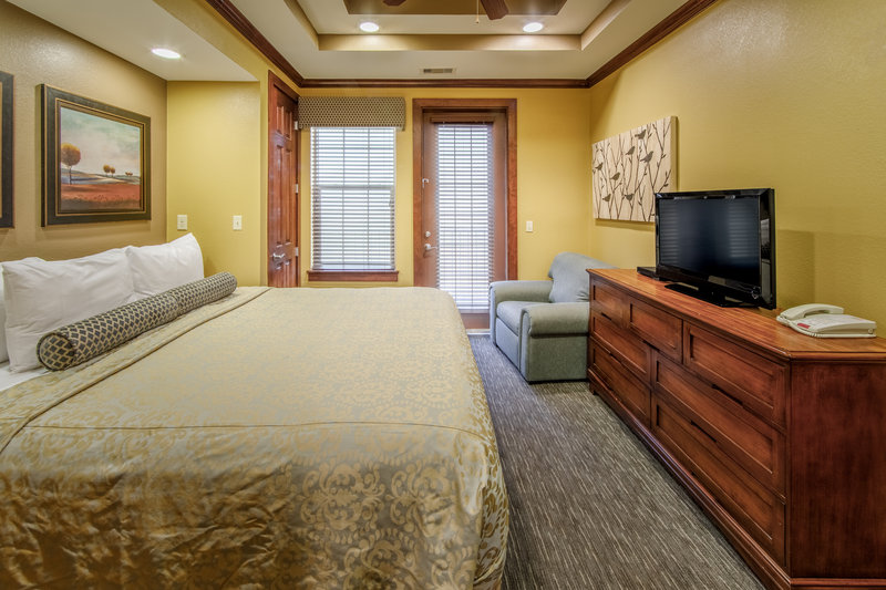 Holiday Inn Club Vacations Galveston Beach Resort-Curl up in a king sized bed <br/>Image from Leonardo