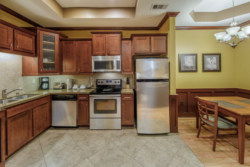 Holiday Inn Club Vacations Galveston Beach Resort-Fully equipped kitchen <br/>Image from Leonardo