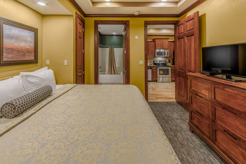 Holiday Inn Club Vacations Galveston Beach Resort-Watch TV from king sized bed <br/>Image from Leonardo