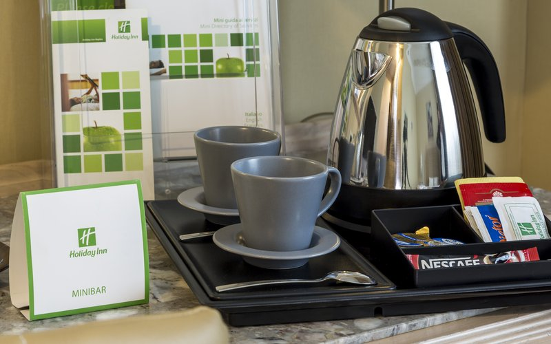 Holiday Inn Naples-Take advantage of our tea and coffee making facilities<br/>Image from Leonardo