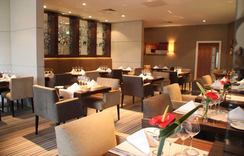 Holiday Inn Reading - M4, Jct. 10-2 AA Rosette Restaurant<br/>Image from Leonardo
