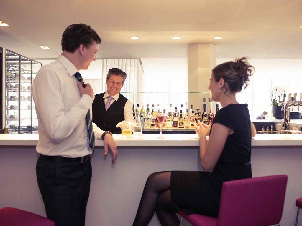 Mercure Hotel Nijmegen Centre-Bar/Lounge<br/>Image from Leonardo