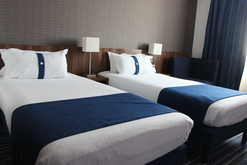Holiday Inn Express Strasbourg - Centre-Guest Room<br/>Image from Leonardo
