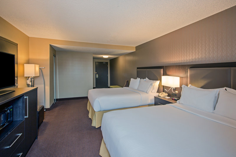 Holiday Inn Express & Suites Regina-Guest Room<br/>Image from Leonardo