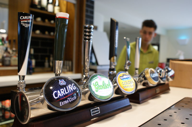 Holiday Inn Huntingdon - Racecourse-Bar and Lounge<br/>Image from Leonardo