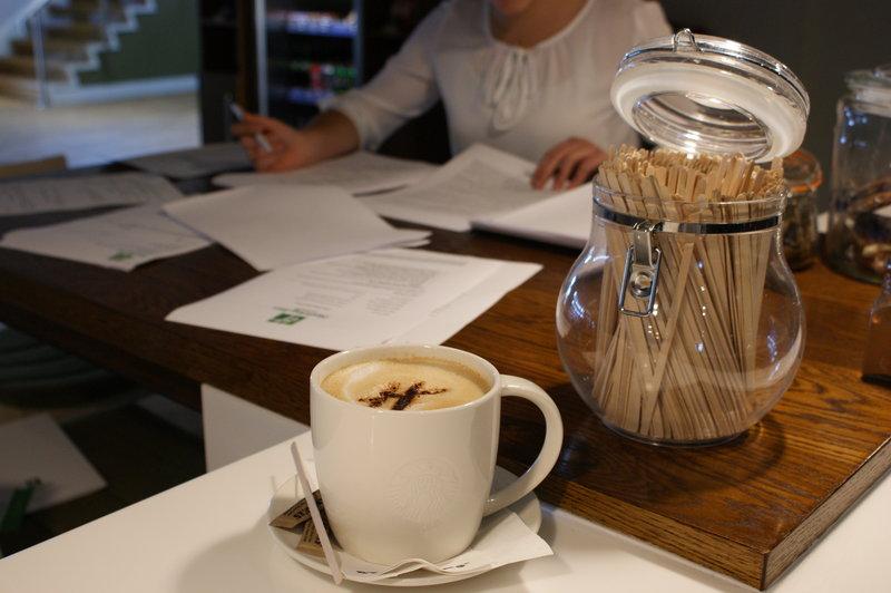 Holiday Inn Huntingdon - Racecourse-Starbucks served fresh<br/>Image from Leonardo