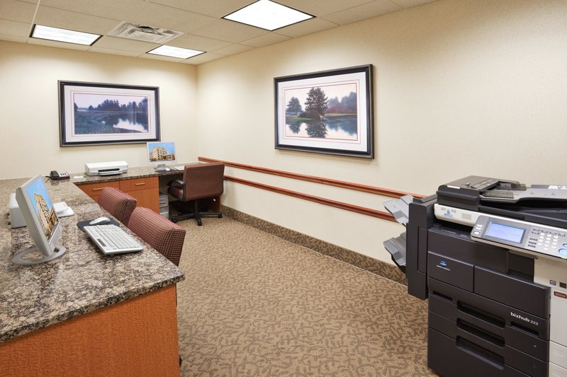 Holiday Inn Ann Arbor Univ Michigan Area-Business Center<br/>Image from Leonardo