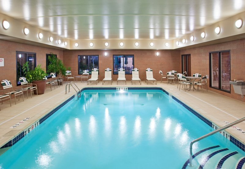 Holiday Inn Ann Arbor Univ Michigan Area-Swimming Pool<br/>Image from Leonardo