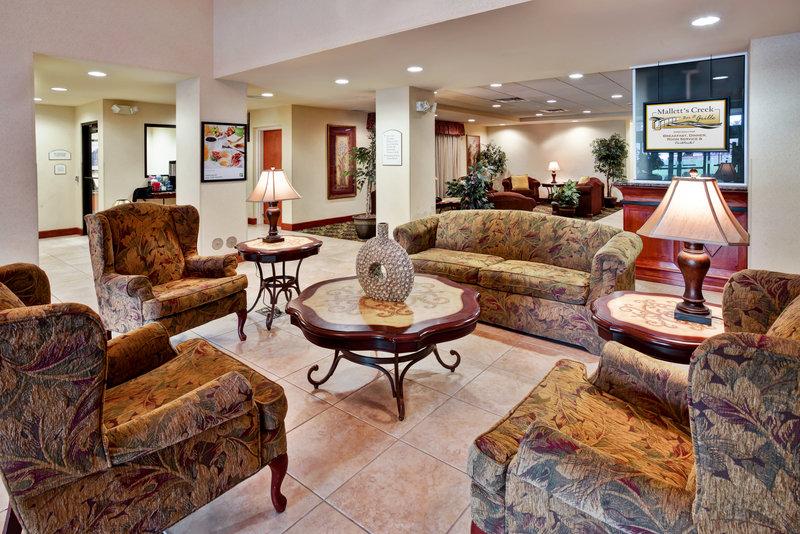 Holiday Inn Ann Arbor Univ Michigan Area-Lobby<br/>Image from Leonardo
