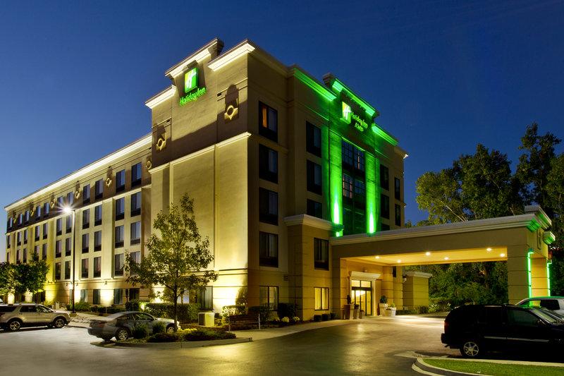 Holiday Inn Ann Arbor Univ Michigan Area-Hotel Exterior Nightime<br/>Image from Leonardo