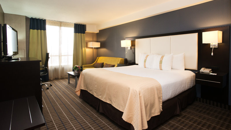 Holiday Inn Hotel & Suites Mississauga West - Meadowvale-King Bed Guest Room At The Holiday Inn & Suites Mississauga<br/>Image from Leonardo
