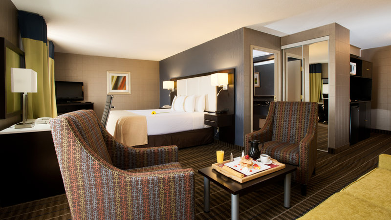Holiday Inn Hotel & Suites Mississauga West - Meadowvale-Large King Suite at The Holiday Inn Mississauga<br/>Image from Leonardo