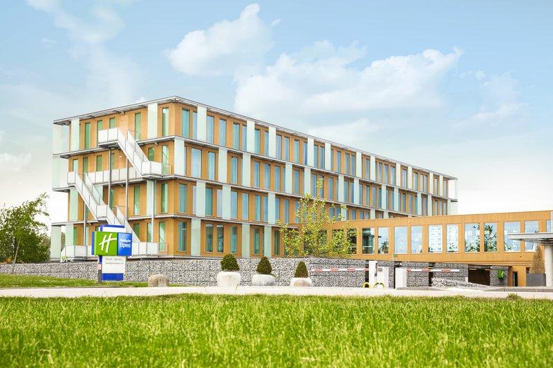Holiday Inn Express Utrecht - Papendorp-Hotel Exterior<br/>Image from Leonardo