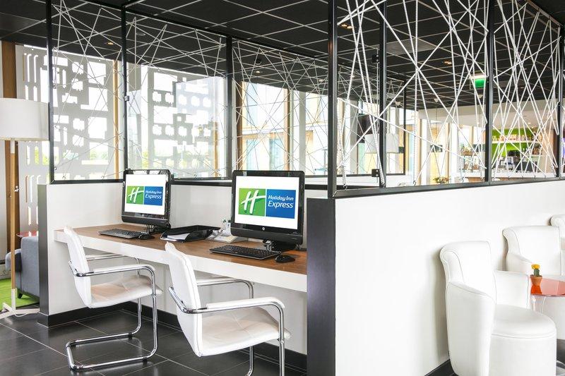 Holiday Inn Express Utrecht - Papendorp-Business center<br/>Image from Leonardo