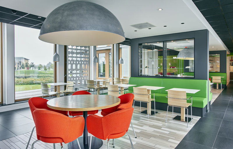 Holiday Inn Express Utrecht - Papendorp-Enjoy a delicious Breakfast at the Great Room<br/>Image from Leonardo