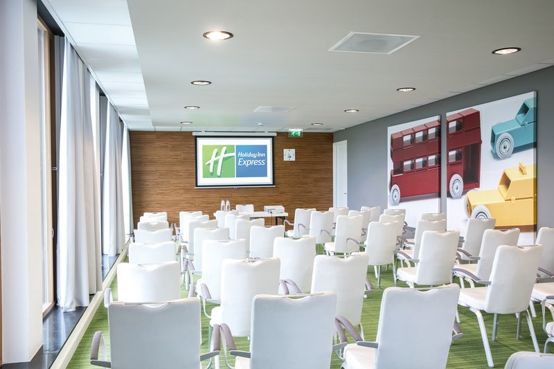 Holiday Inn Express Utrecht - Papendorp-Meeting room theatre style<br/>Image from Leonardo