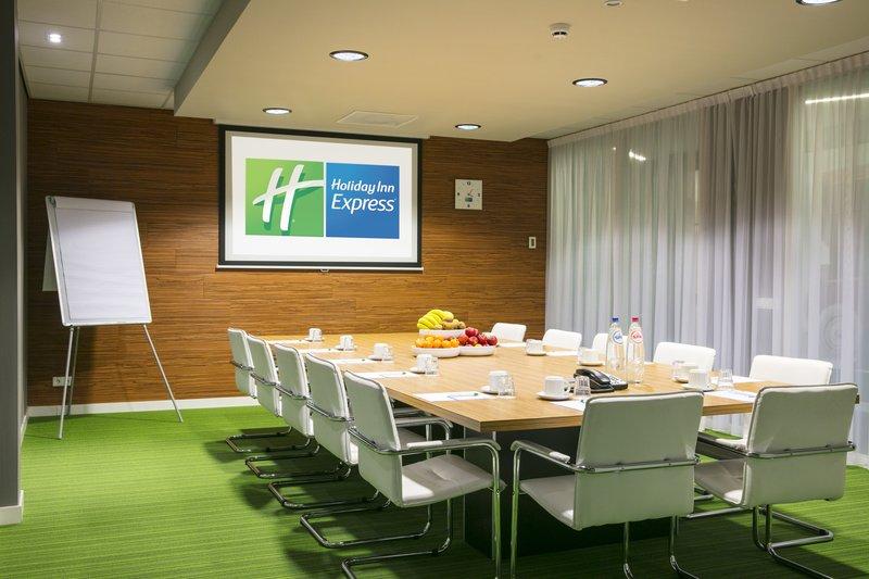 Holiday Inn Express Utrecht - Papendorp-Boardroom<br/>Image from Leonardo