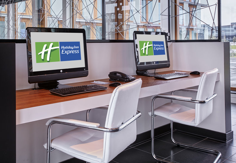 Holiday Inn Express Utrecht - Papendorp-The Business Centre offers printing and copying facilities<br/>Image from Leonardo