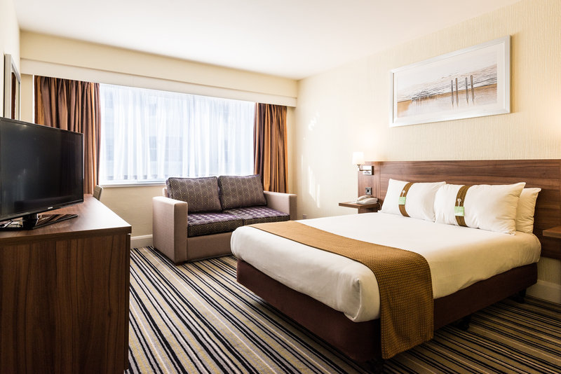 Holiday Inn Norwich - North-Double Bed Guest Room<br/>Image from Leonardo